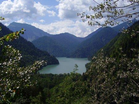 Абхазия. Голубое озеро и озеро Рица — фото 2