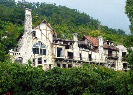 Абхазия. Парк и дворец принца Ольденбургского — фото 3