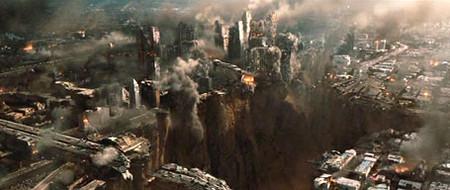 2012. Землятресение, извержение вулкана, всемирный потоп, три ноева ковчега и один Джон Кьюсак, спасающий семью и мимоходом мир — фото 11